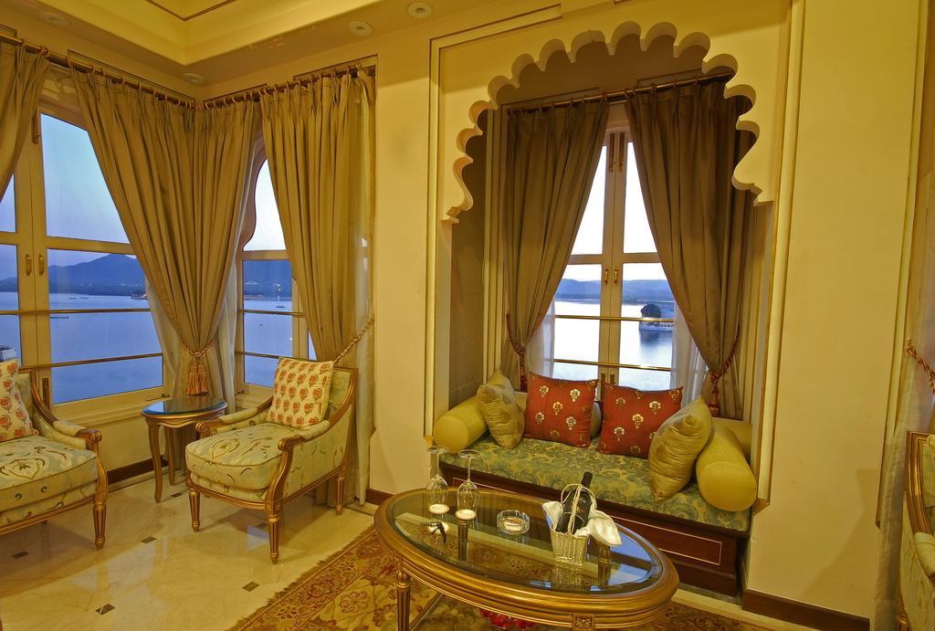 Fateh prakash palace heritage hotels in udaipur