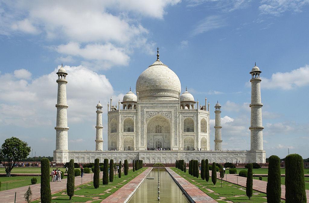 The Taj Mahal - The most beautiful wonder of the world