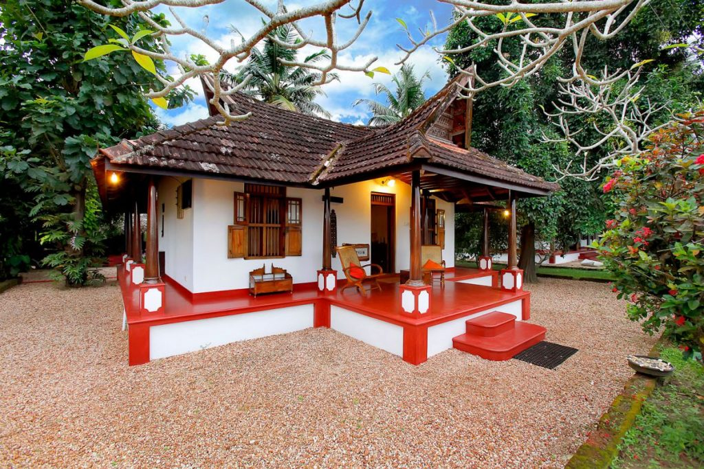 Save money on accommodation while traveling to India Kutty farm villa