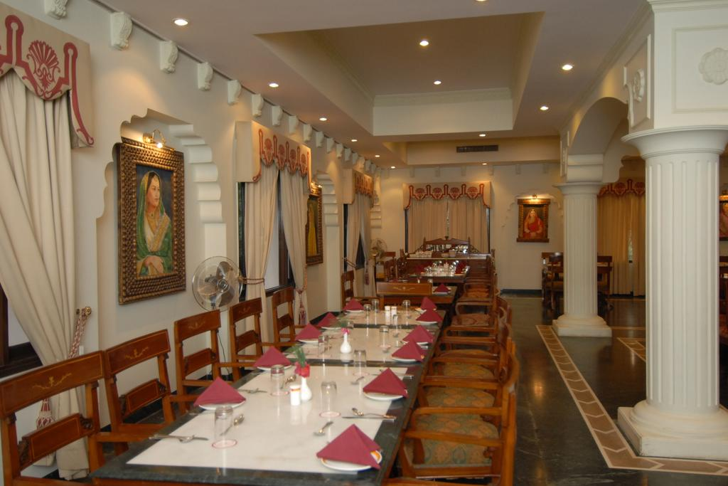 Desert Resort Heritage hotels in Bikaner