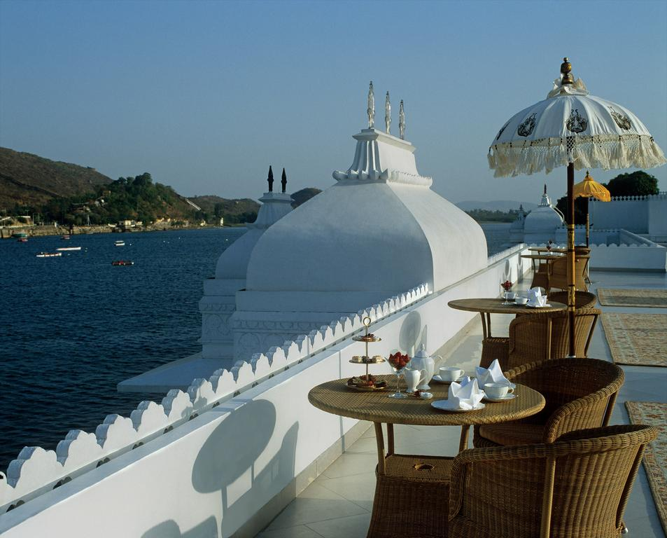 taj Lake palace heritage hotels in udaipur