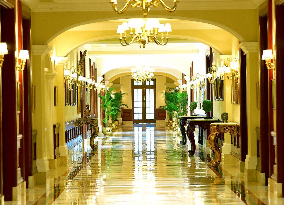 Top 10 luxury hotels in Delhi 11