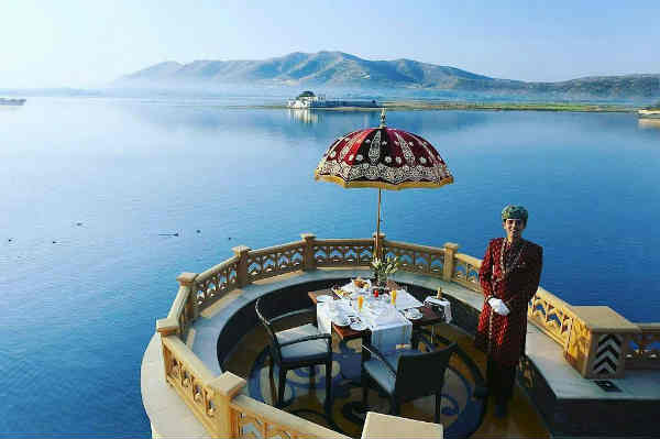 Best lake view Restaurants in Udaipur
