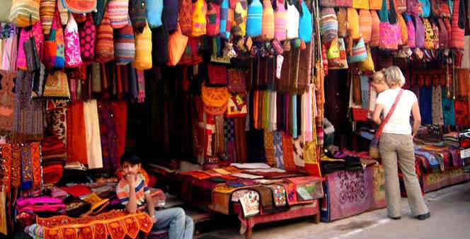 Best shopping market in Delhi