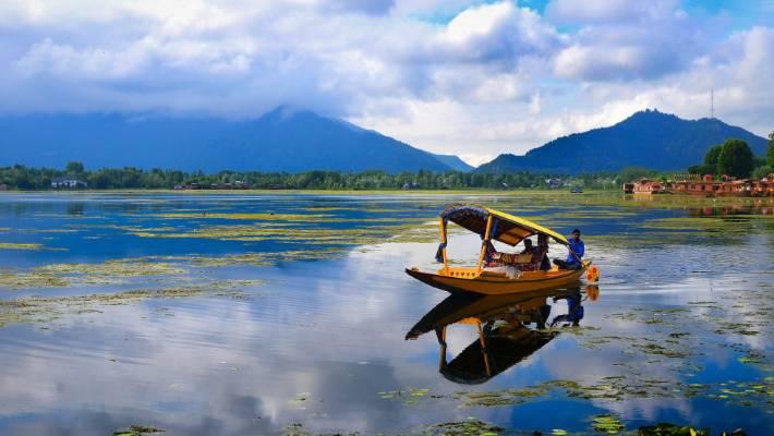 Reasons to visit Jammu and Kashmir