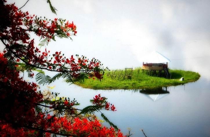 Reasons to visit Manipur